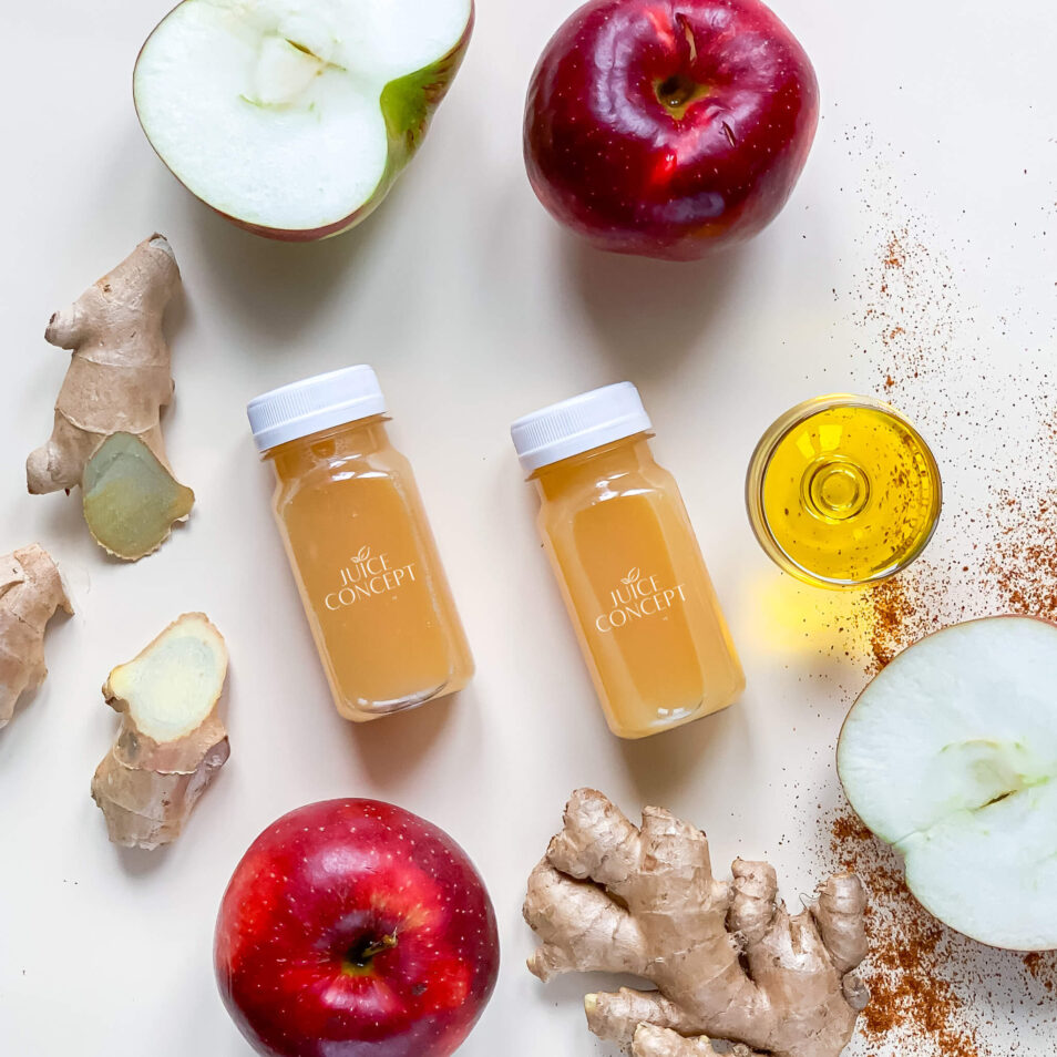 SHOT z cytryną imbirem i jabłkiem - Detox Booster _ Juice Concept